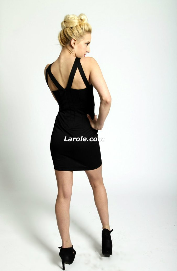larole71__84657.1445899870.1280.1280